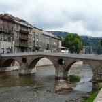 C'est de ce pont qu'a été tué François-Ferdinand d'Autriche, évènement déclencheur de la Grande Guerre.