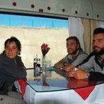 Ravitaillement au wagon restaurant
