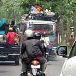 typisch indonesischer Verkehr - typical sight on Indonesian roads