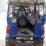 Tuktukfahrer warted auf Kundschaft - tuktuk driver waiting for business