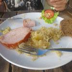 und Kasseler mit Sauerkraut