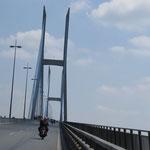 die Brücke über den Mekong / Mekong bridge