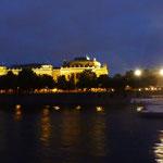 Ufer bei Nacht