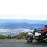 auf Hobart und Umland  -  onto Hobart and surrounds