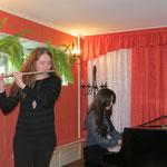 Полина Яркова(флейта) и Малика Рахманова(Фортепиано) на концерте в ДМШ№2 г.Выборг