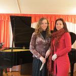 После концерта. Анна Степанова и директор ДМШ№2 И.А.Сапогова