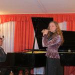 Фестивальный концерт 22.12.2012 в ДМШ №2 г.Выборг. исп. Анна Степанова и Дмитрий Щирин