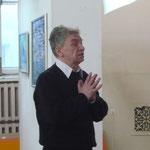 Поэт Владимир Александров (Москва) на концерте фестиваля  в Центре искусств (Невский, 20) 26 апреля 2012 г.