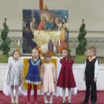 """Детская группа хора """"Cantarella"""" на концерте-встрече трех хоров 27 апреля 2012 года в Шведской церкви. (фото Н.Володин)"""