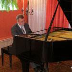 Дмитрий Щирин на концерте в г.Выборг