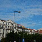 ポルトガル訪問の一週間は快晴続きでリスボンも晴れ渡っていました。 ・リスボンの空の青さよ鰯雲(和良)
