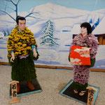 吉野川市鴨島町の菊人形展では鶴の恩返しの場面も再現されていました。 ・菊衣まぶしき鶴の恩返し(和良)