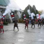 ポルトで開かれたジャパンウイークは里帰りした火縄銃から始まりました。  ・時雨止み火縄銃鳴り宴始む(和良)