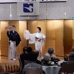 上方舞は山村流六世宗家家元の三代目山村友五郎が舞いました。  ・山村家宗家の舞や月の宴(和良)