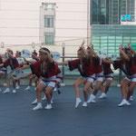 阿波踊の有名連・娯茶平の先頭は子供たちの男踊りです。          ・小気味良き子らの踊りを先頭に(和良)
