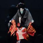 リスボンでも人形浄瑠璃「傾城阿波の鳴門」が喝采を浴びました。 ・身に入みる話に国境なかりしと(和良)