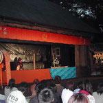 徳島市内の犬飼農村舞台で人形浄瑠璃を見ました。 ・舞台はね静寂の里の遠蛙(和良)