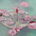 大塚国際美術館のモネの池には夜咲く睡蓮がありました。 ・夜咲くといふ睡蓮のありにけり(和良)