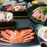 京丹後市の温泉旅館で越前蟹のフルコースを堪能しました。         ・初湯浴び越前蟹に舌鼓(和良)