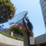 浜松市にはあちらこちらに楽器の街らしいモニュメントがありました。  ・片蔭に楽器の街のモニュメント(和良)