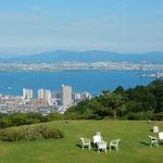 滋賀県の大塚比叡山荘です。琵琶湖からの風が涼しかったです。     ・琵琶湖より涼しき風の山荘に(和良)