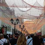赤の広場に近いモスクワの中心街では電飾が始まっていました。     ・暮れ早き街に電飾始まりぬ(和良)
