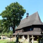 マウォボルスカ地方には6つの木造教会が世界遺産に登録されています。  ・木造の教会の中涼しかり(和良)