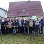 Gruppenfoto beim Weinstock 2004 - 20 Jahre Partnerschaft