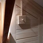 Detail: verschließbare Lüftungsöffnung zur Ventilation der Sauna