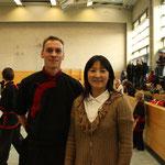 Wushu Berlin Open - Meisterin Yinge She und  Trainer René Becker