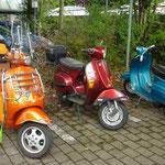 vor der Therme in Bad Waldsee: überall findet man Vespas!