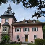 hier hat der Dichter Viktor von Scheffel gewohnt - und die Familie Hoffmann...