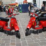 habe meinen Zwilling gefunden (links Marios englische, rechts meine italienische ETS)