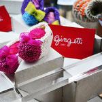 Gingetti, maglieria e giochi di lana. RiQù - l'arte sul filo. Mantova. Sartoria Artistica