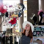 Modella vintage al Vanita's Market. Total look di Maria De Los Angeles Monari. Foto di MKZphoto.com