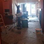 """Die Renovierung des Salons beginnt - """"Hair & Care"""" entsteht."""