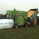 Broyage et mise sous vide de grain humide ou sec avec automoteur (maîs-orge...))