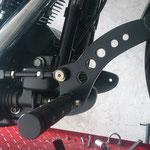 Vorverlegte Rastenanlage Harley Davidson FatBoy rechts