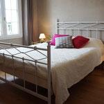 """Chambre """"Séverine"""" avec son lit double"""