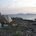 唐荷島でキャンプ