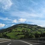 Auf der Autobahn Richtung Salzburg
