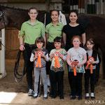 Bad Ems Minis mit Longenführerin Ariane Dittmer, Helferin Fabienne May und Parvos