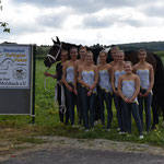 L-Gruppe Bad Ems 2 mit Longenführerin Jessica Schumacher und Pferd Maximus