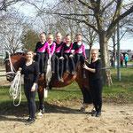 Bad Ems 6 mit Lotte und Longenführerin Jessica Schumacher und Helferin Nele Drüing