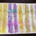 verschiedene Farbsäfte auf Papier mit Zitrone und Seife