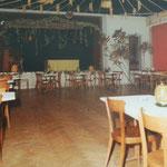 Dekorierter Traubensaal bei Herbstball. Archiv E. Grünenfelder