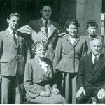 Familie Grünenfelder, Wirtin und Schmied. Archiv E. Grünenfelder