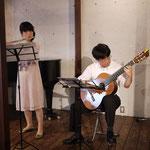 フルートとギターで、ピアソラ。