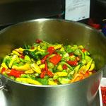 aus unserem Hausgarten - Chilli für Marmelade, Öl, Essig,...