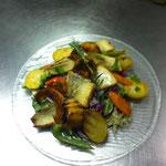 Fisch auf Salat - erfrischend und leicht